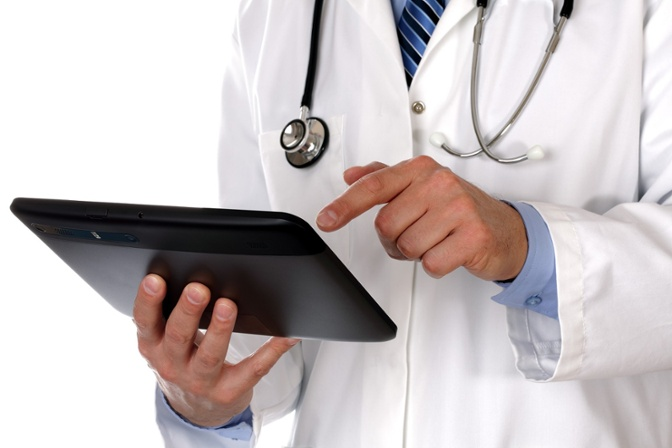 doctor-using-tablet
